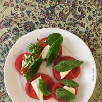 トマトの盛りつけから想う
