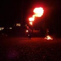 火を噴く人 (ご予約状況)