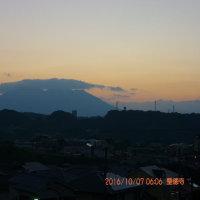 10月07日、朝の桜島