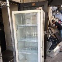 冷蔵庫ですよー