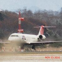 J-AIR 秋田空港