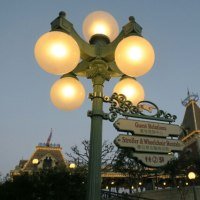 香港ディズニーランド~丸い街灯が好き