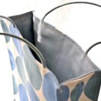 新サイズの紙袋風バッグ