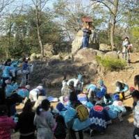 河高八幡神社厄除け祭-山頂では伝統行事