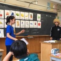 学校公開5   5年英語にゲストティーチャー ?