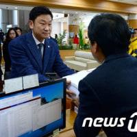 韓国市民5000人、朴大統領を相手に慰謝料訴訟