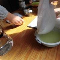 「リコッタチーズ」を作る。