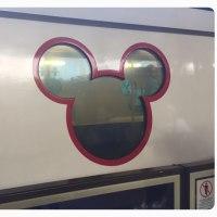 地下鉄に乗って香港ディズニーランドへ