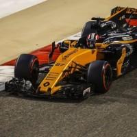 レースペースに悩むルノーF1、新フロントウイングで問題解決を狙う