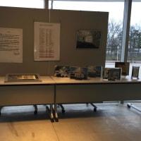 展示ロビーにグッドデザイン賞・村野藤吾賞受賞関連の展示をしています