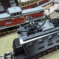 アルナインの「黒い電気機関車」