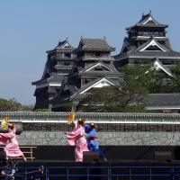 シートで覆われる熊本城