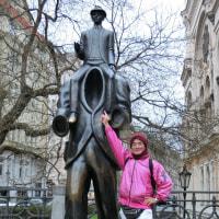 プラハ旧市街で FRANZ KAFKA に出会った