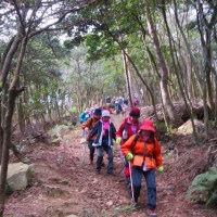 13 観音山(472m:尾道市瀬戸田町)登山  山頂から快適な尾根歩きに
