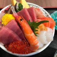 これはうまい、海鮮丼。