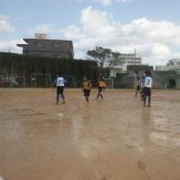 那覇ガールズ低学年のダブルフィールドミニサッカーリーグU9