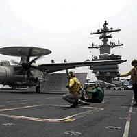 在日米海軍にVAW-125のE-2D、2月配備