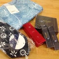 10月25日 化粧品屋さんのプレゼント