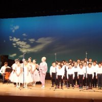 プロの歌手と共演(葵ひろ子コンサート)高畠町芸文協50周年記念事業