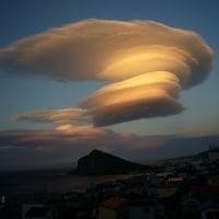 利尻島 レンズ雲3