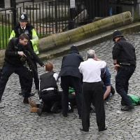 ロンドン発: テロ発生