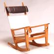 ・Model 675 Keyhole rocking chair by Hans J. Wegner