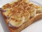 クリームチーズとバナナの蜂蜜シナモントースト