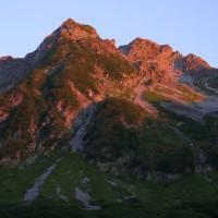 奥穂高岳のモルゲンロート