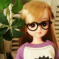 紫のラグランTシャツ。