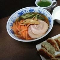 おばちゃん~餃子ラーメンちょうだい~