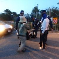 作業車、砂利搬入への阻止行動と不当逮捕への抗議