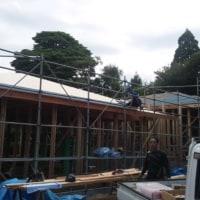 大山町で新築施工中です