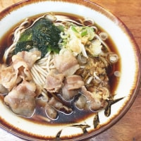土浦の立食いそば・うどんの大形屋にて昼食。