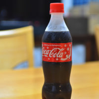 コカ・コーラボトルのリボン