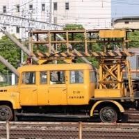 東吹田検車場に現れた古いトラックを撮って来た。