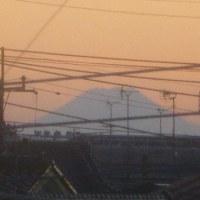 遠い富士山