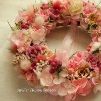 桜のリースをラッピング~Webショップへの想い~