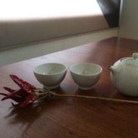 茶器と鷹の爪
