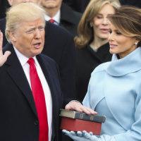 トランプ大統領 就任 !!