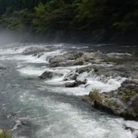 山口県の海岸線について言及すること及び清流で泳ぐことの快感(夏の終わりに)