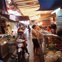 旧市街の市場
