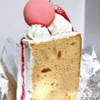 ストロベリーのシフォンケーキ