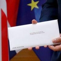 イギリス、EU離脱を通知。