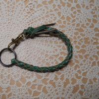 四つ編みロープキーホルダー