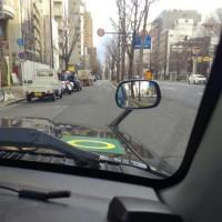 タクシー信号無視、お客様乗車中。