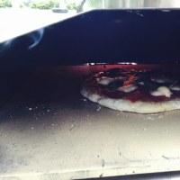 ペレットで焼くピザ/ピザ釜 Uuni