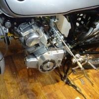 CB93のエンジン点検