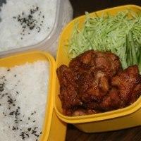 11月25日  鶏の唐揚げ弁当おかわり付き