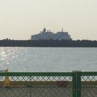 クイーンエリザベス号高知初寄港。