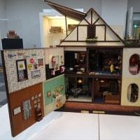 「ミニチュア ドール ハウス」/人形の家